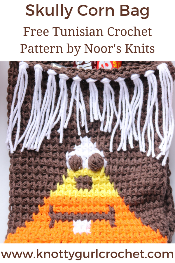 First of these free Halloween patterns is my Skully Corn Bag - an easy Tunisian crochet colorwork pattern for a fun trick or treat bag for little ones!